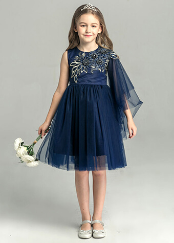 Kids clothing dress